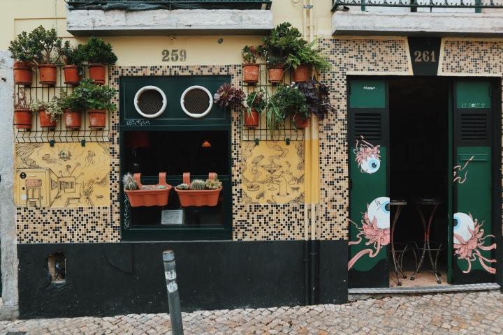 Lisbon's Bairro Alto: A CompleteGuide